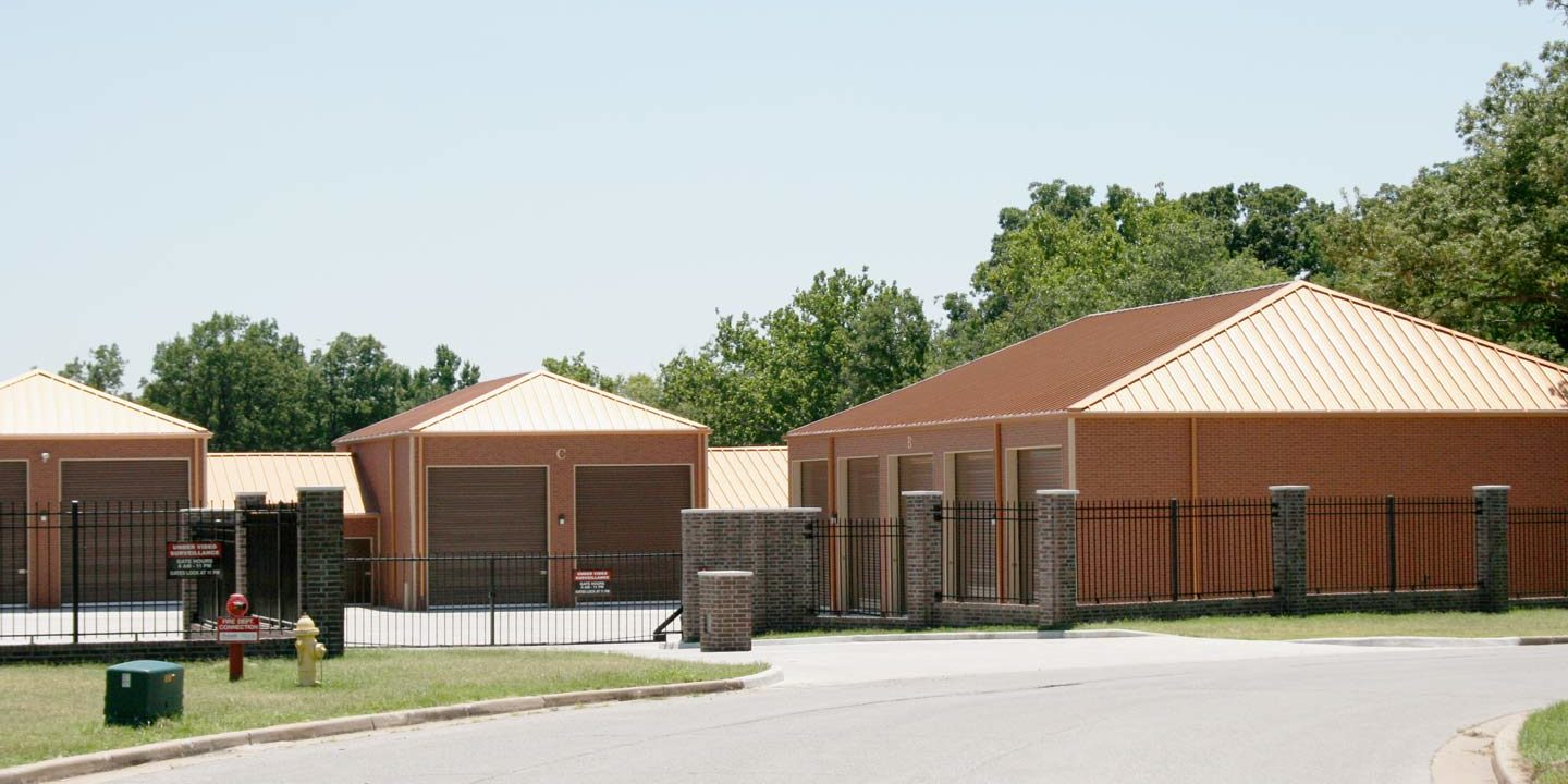 A street view of Riverbend Self Storage, a mini storage property owned by the Leinbach Company